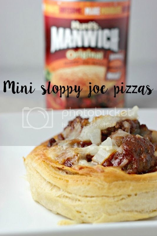 Mini Sloppy Joe Pizzas