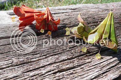 orecchini cartafrutta origami soutaches salvaslip ecologici di cotone lavoretti fai da te handmade pupazzo amigurumi scrap booking album lavagnetta decorazioni feltro