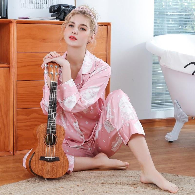 Cheap  Fashion Nightwear Print Flower Perfect Underwear Sexy Rayon Lingerie Elegant Turn Down Pajamas Suit