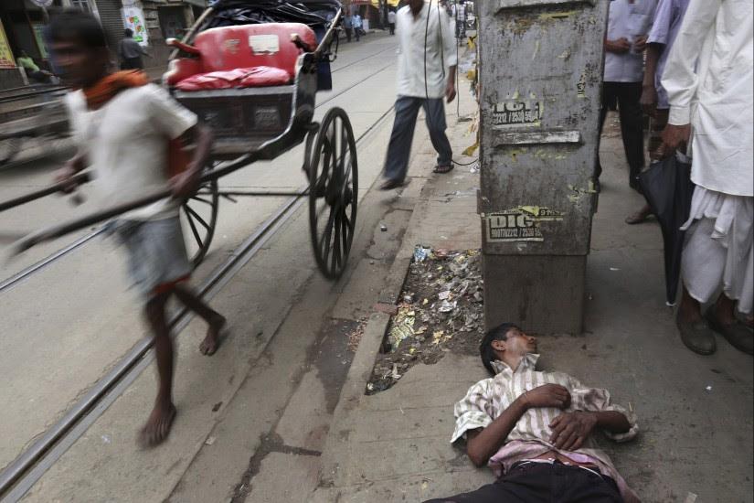 Consumo de alcohol adulterado en la India
