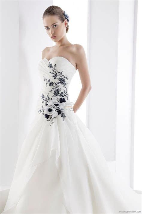 Black and White Wedding Dress   My Dream Wedding   White