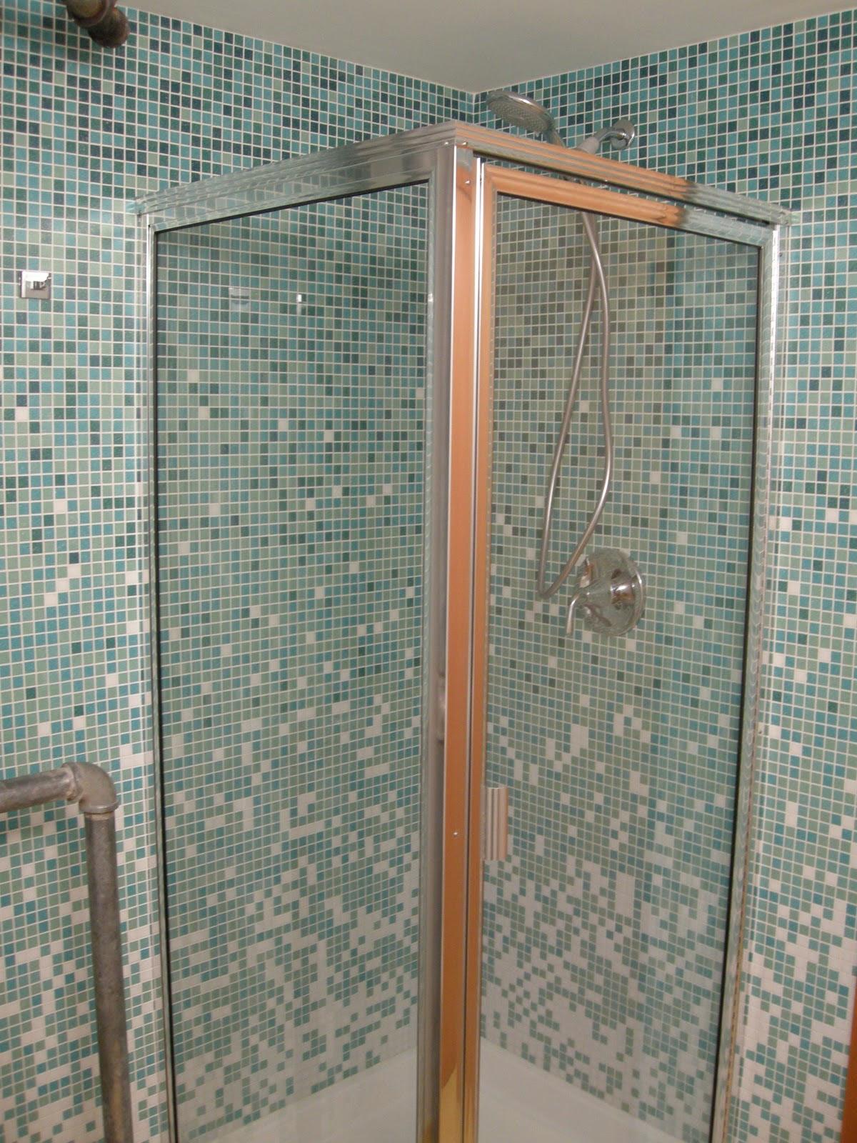 glass door colour design  | 450 x 600