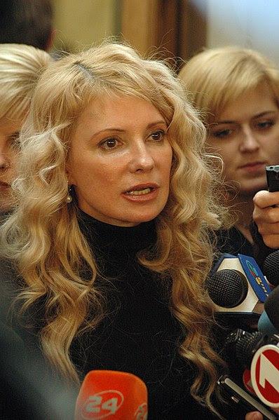 File:Timoshenko-bez-kosy.JPG