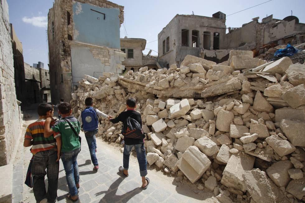 El camino a la escuela en Alepo es muy peligroso.