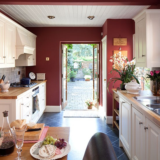 Kitchen | Berkshire cottage | PHOTO GALLERY | 25 Beautiful Homes | Housetohome.co.uk