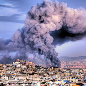 Fire in Athens by Stamatis Gr (StamatisGr) on 500px.com