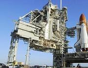 La shuttle space Endeavour prima di partire per lo spazio