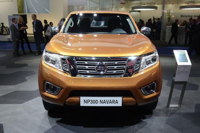 2017 Nissan Navara NP300 Complete Makeover - New Best Trucks