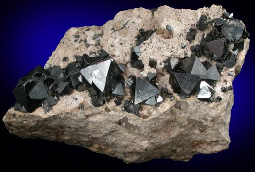 Magnetite from Cerro Huañaquino, NW of Potosí, Potosí Department, Bolivia