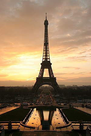 The Eiffel tower at sunrise, taken from the Pl...
