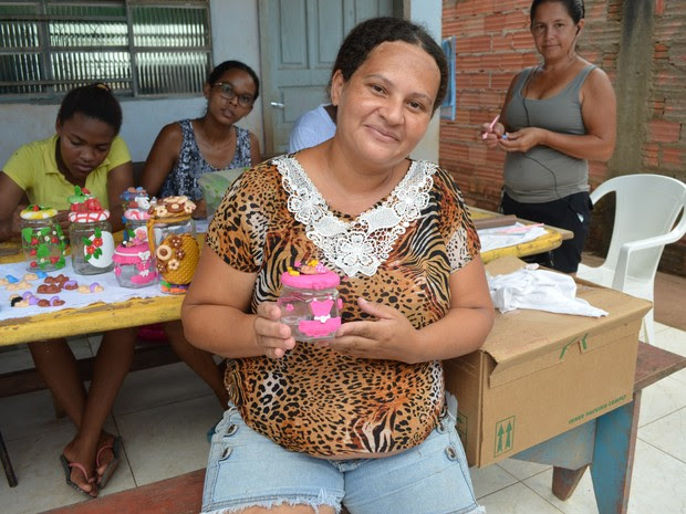 Nilza Brizidio já pensa em tornar seus novos conhecimentos em negócio (Foto: Rogério Aderbal/G1)