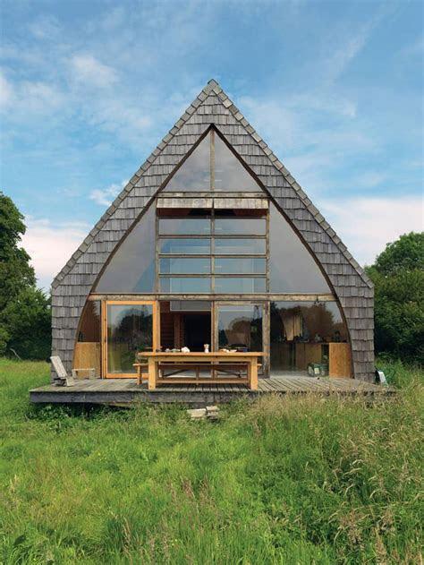 amazing tiny  frame houses  youll