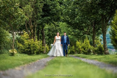 Affordable Inexpensive wedding photographer in Manchester