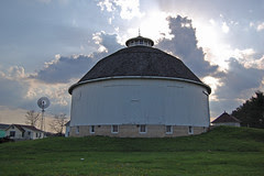 round_barn_marshall_county