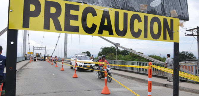 Restricción vehicular en el Puente de Juanchito durará una semana más