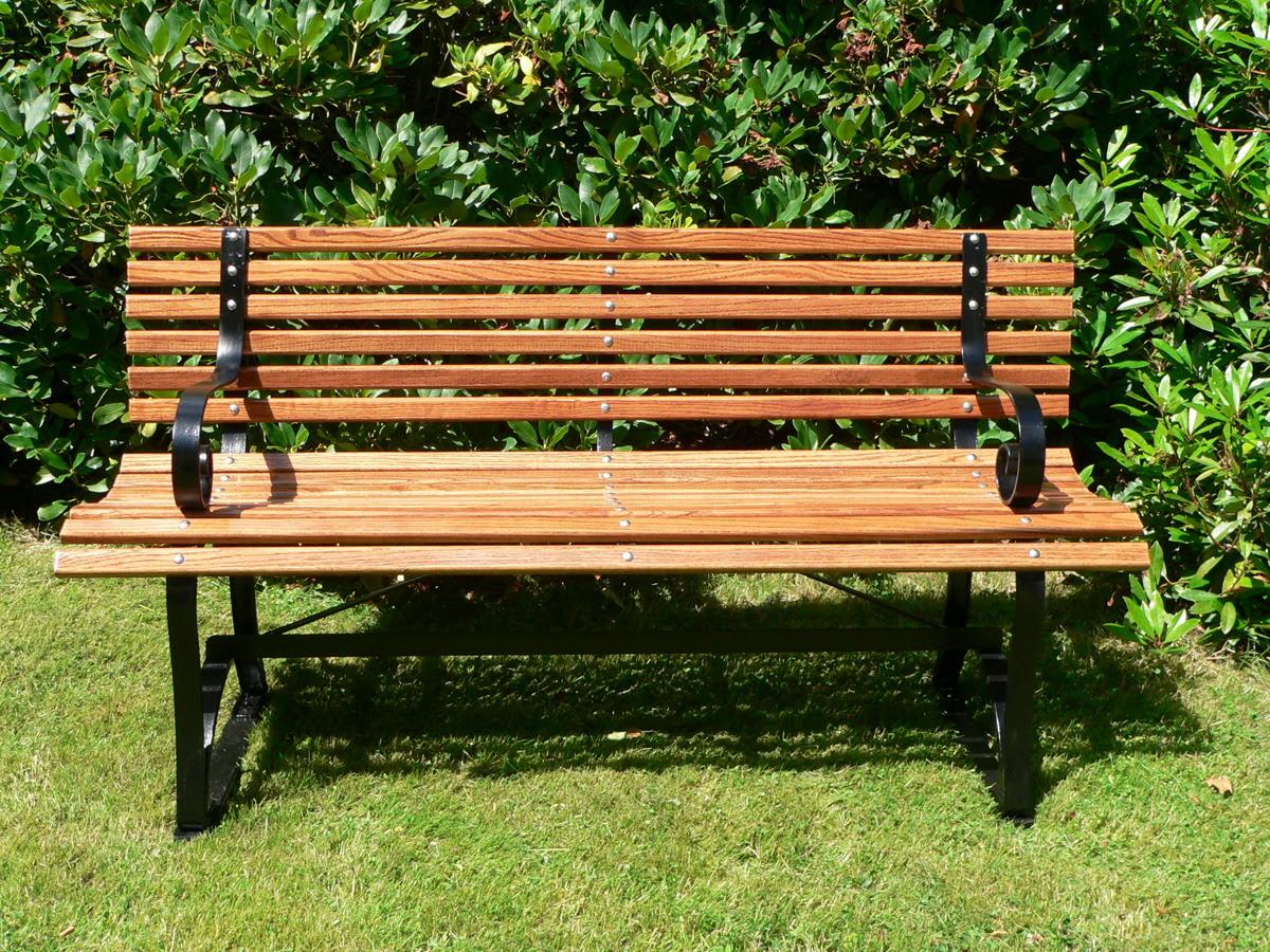 Bench (furniture) - Wikipedia, the free encyclopedia