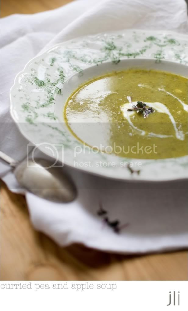 curried pea and apple soup