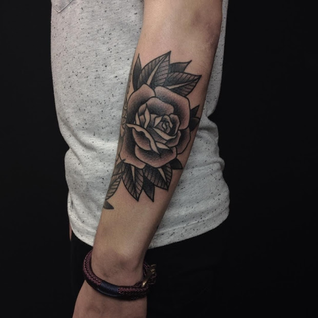 42 Totally Awesome Black Rose Tattoo That Will Inspire You To Get Inked