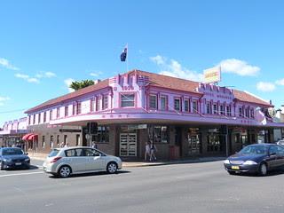 Monarch Hotel-Motel, Moruya