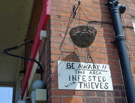 This area infested with thieves!