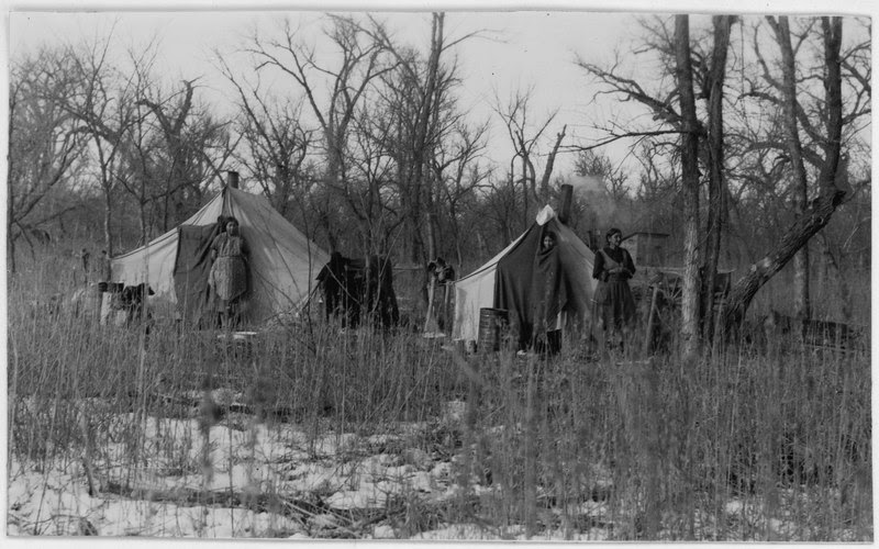 File:Family camp near Kenel, South Dakota - NARA - 285882.tif