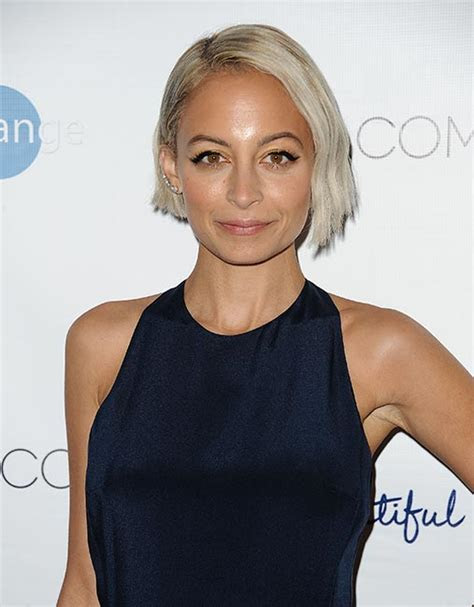 Nicole Richie dyes hair silver grey