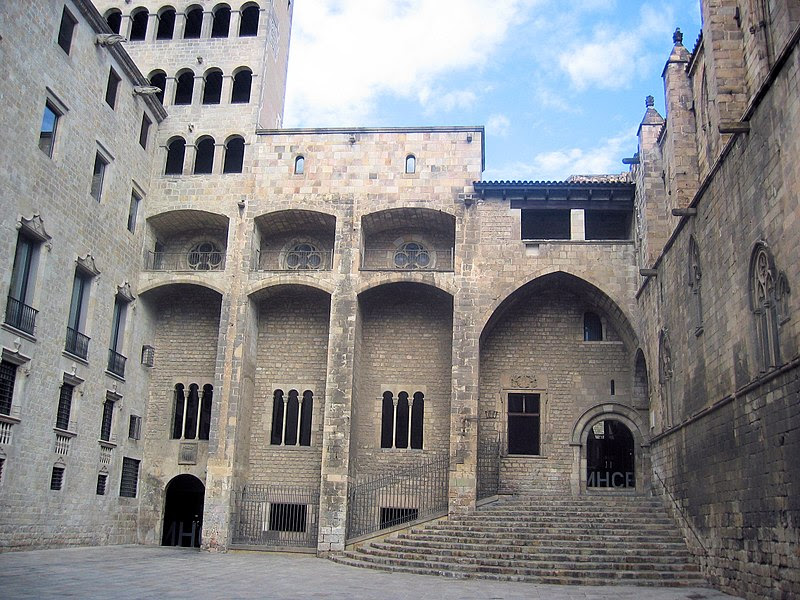 Archivo: Plaça del Rei 2074102277.jpg