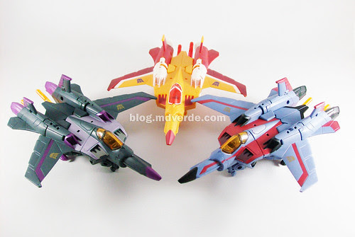 Transformers Sunstorm vs Skywarp vs. Starscream Animated Voyager - modo alterno
