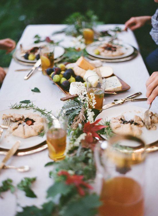 Fall Dinner Wedding Ideas | Cozy Fall Wedding Reception Ideas