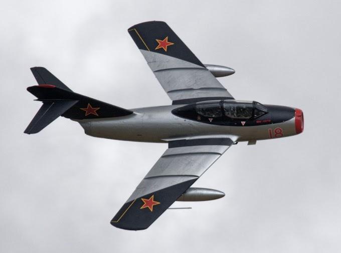 A União Soviética construiu seu caça MiG-15 graças a um aliado dos EUA