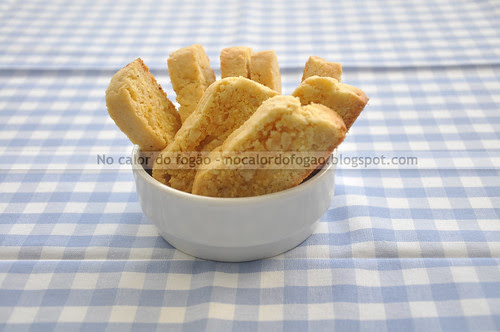 Biscotti de amêndoas