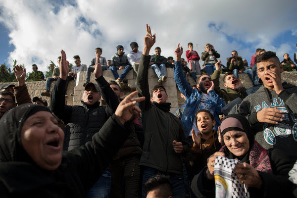 Palestinians Clash With Israeli Troops to Protest Trump's Jerusalem Declaration