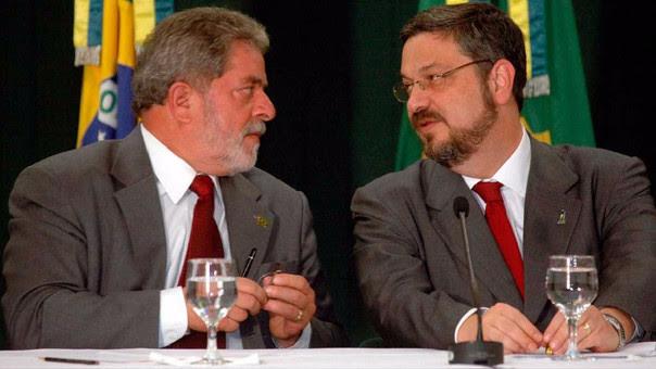 Palocci trabajó junto a Lula da Silva por 3 años. Este periodo incluyó las elecciones presidenciales de Perú en 2011.