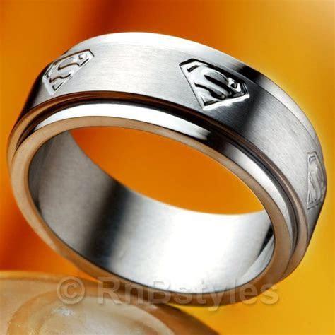 Rings   MEN'S Stainless Steel SUPERMAN Spinner Ring