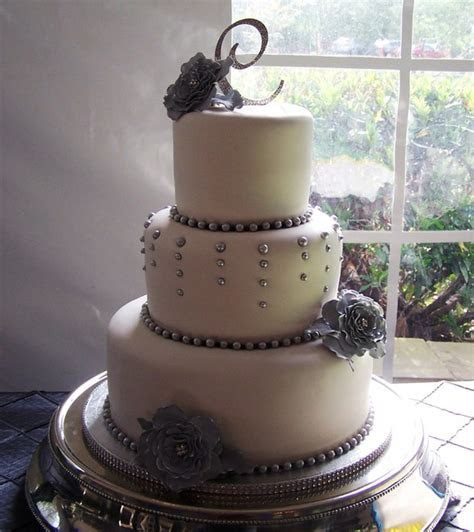 Cakery Bakery   Knoxville, TN Wedding Cake