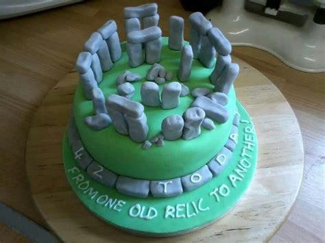 Stonehenge Cake   Birthday Party and Cake Ideas