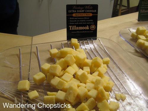 4 Tillamook Cheese Factory - Tillamook - Oregon 6