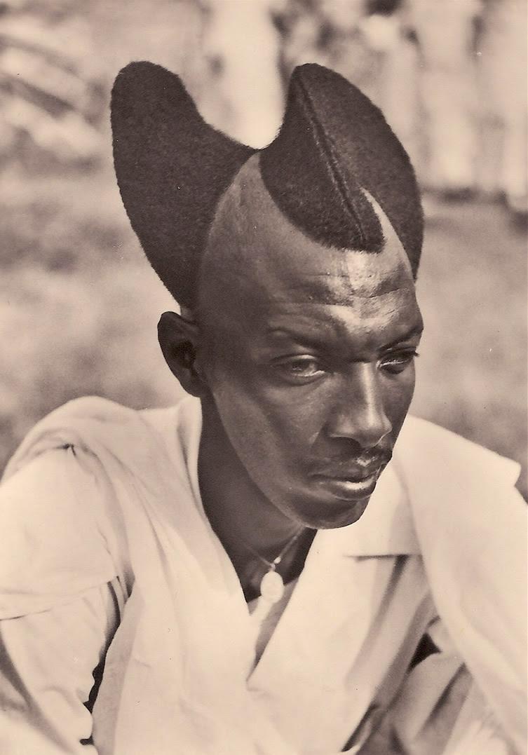 Amasunzu hairstyle, Rwanda. (1923)