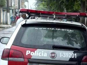 Policiais Militares trocaram tiros com suspeito (Foto: Reprodução / TV Tribuna)