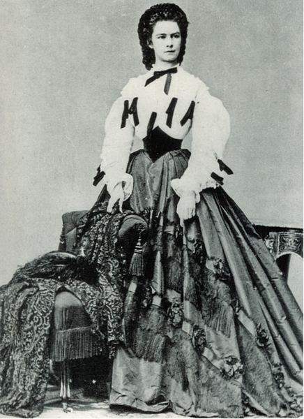 File:Kaiserin Elisabeth 1862.jpg
