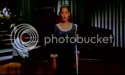 http://i298.photobucket.com/albums/mm253/blogspot_images/Khamoshi/PDVD_023.jpg