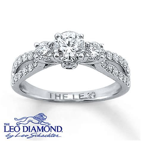 14k White Gold Engagement Ring with Leo Diamonds