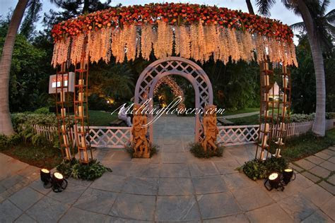 Unique Ideas To Decorate Reception Halls   Wedding