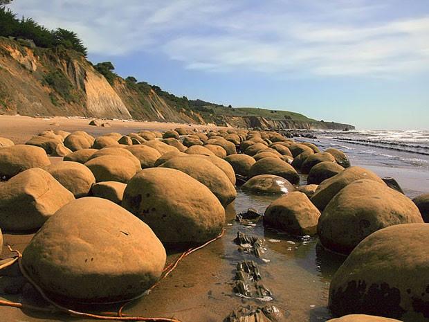 Praia das Bolas de Boliche, na Califórnia (Foto: Creative Commons/Broken Inaglory)