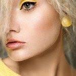 yellow_by_karolinatojza