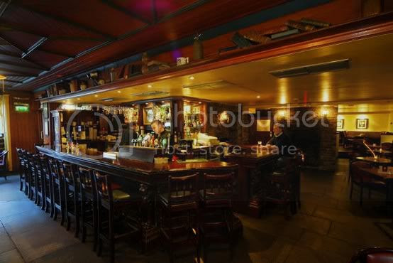 irish pub public house bar