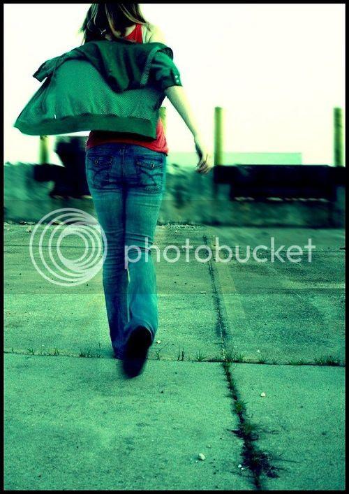 photo she__s_leaving_home222_zps07f655fd.jpg