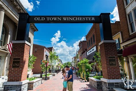 Winchester's Best Places to Elope / Have a Small Wedding
