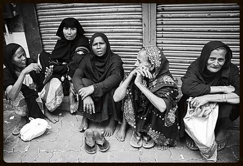 Ramazan Ka Chand - Garibon Ki Ankh Main Nazar Aya Hai by firoze shakir photographerno1