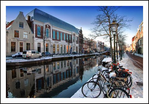 apothekersdijk Leiden by hans van egdom